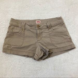 Mossimo beige shorts size 7